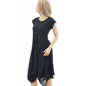 HIGH Kleid mit Spitzensaum und Taschen.