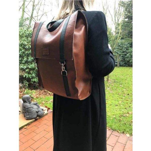 Lederrucksack braun gruen groß für Damen und Herren