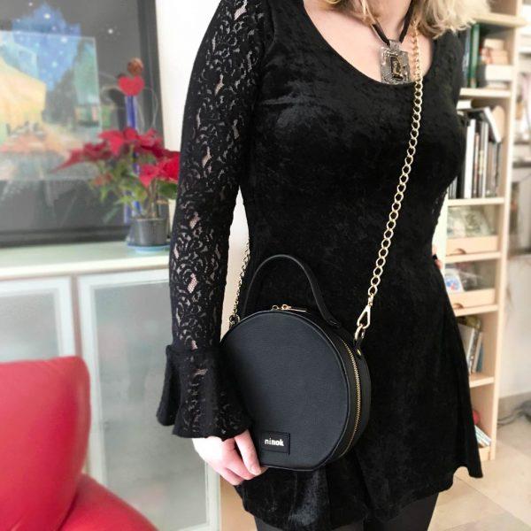 Circle Bag runde Leder Umhängetasche schwarz mit Kettenhenkel und Lederhenkel