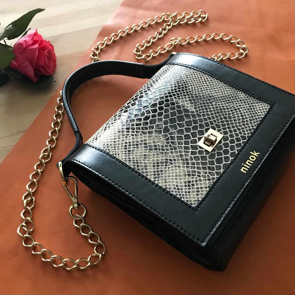 95c602b5c29e9 Ledertasche Tasche Mit Kleine Schwarze Kette Snake PrintAtelier OuPXTikZ