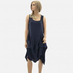 Leinenkleid in dunkelblau, ärmelloses Sommer Kleid mit asymmetrischem Saum und Falten um Rockteil. Lässiges Kleid für Freizeit und Strand. Skandinavischer minimalistischer Look. Made in Italy Kleid.