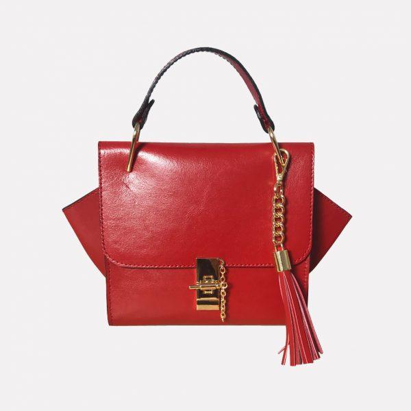Kleine Ledertasche rot mit Henkel, Drehverschluss mit Kette in Goldoptic, Lederquaste abhembar. Henkeltasche zum Ausgehen. Nachhaltig produziert. DIY. Handmade Tasche.
