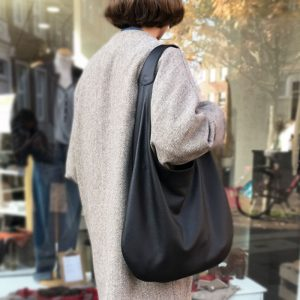 Handtasche pflanzlich gegerbtes Leder Olivenblatt Gerbung. Schwarze Hobo Bag große Schultertasche Henkeltasche